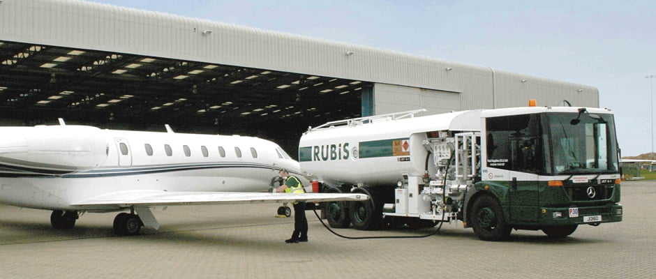 RUBIS distributes high quality aviation fuel.